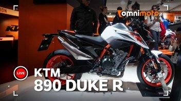 Moto - News: KTM 890 Duke R, roadster media allo stato dell'arte