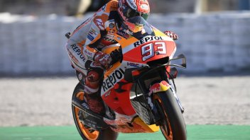 MotoGP: Marquez primo con caduta nel Warm Up, 3° Petrucci