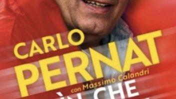 MotoGP: Belin che paddock! Carlo Pernat autografa il libro regalo PERNATale!
