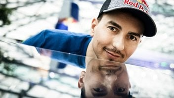 "MotoGP: Jorge Lorenzo: ""Nel 2020 sarò nel Paddock, presto farò un annuncio"""