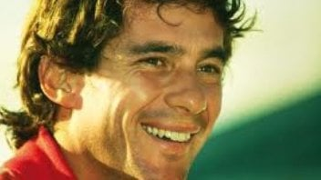 Ayrton Senna: The Best just flew away