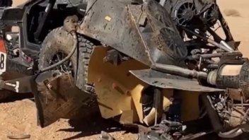 Dakar: Incidente spettacolare per Al Qassimi: auto distrutta, Dakar finita