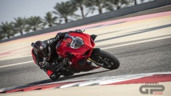 Prodotto - Test: TEST: Ducati Panigale V4S: the beast is tamed and even faster