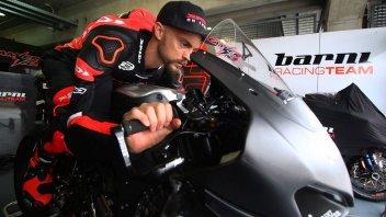 """SBK: Camier, che grattacapo: """"Mi manca la forza per guidare la Ducati V4"""""""
