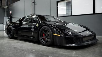 Auto - News: Ferrari F40: battuta all'asta la Perla Nera del Monkey Garage