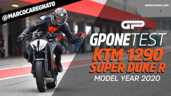 Prodotto - Test: PROVA KTM Super Duke 1290 R: la Bestia vola in pista e diverte su strada
