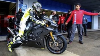 SBK: Bautista e la Honda al via con 500 giri in meno rispetto alla Ducati V4