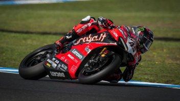 SBK: Redding e la Ducati V4 incontenibili, Rea si prende mezzo secondo