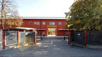 Auto - News: Ferrari contro il coronavirus: farà ventilatori polmonari a Maranello