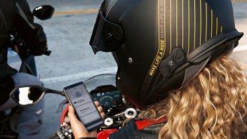 Moto - News: BMW Motorrad: un altro passo verso la connettività integrata