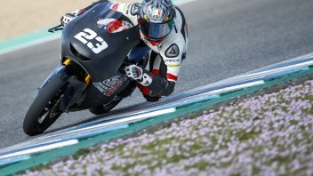 Moto3: Niccolò Antonelli si opera alla spalla: in Qatar lo sostituirà Garcia