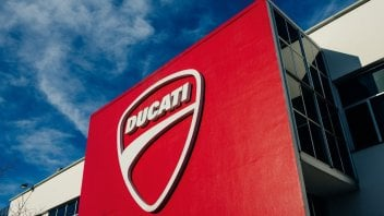 Moto - News: Ducati starts up production again despite the fact that 'phase 2' changes very little