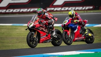 SBK: Bautista-Davies compared: how difficult it is to change a riding style