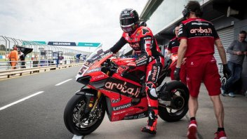 "SBK: ""Redding? If the Ducati doesn't overtake, the problem is not his weight """
