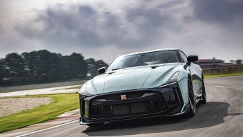 Auto - News: Nissan GT-R50 by Italdesign, test superati. Via libera alla produzione