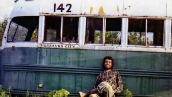 Auto - News: Removed the 'Magic Bus' of 'Into The Wild': it had become a danger
