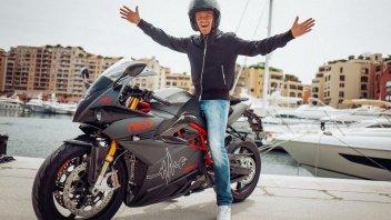 Moto - News: Nico Rosberg mette in palio la sua Energica per la Croce Rossa italiana