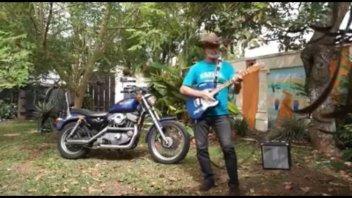 Moto - News: Harley-Davidson Sportster... ritmo bicilindrico da Cow Boy