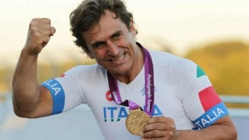 "Auto - News: Zanardi update: ""Neurological condition totally compromised"""