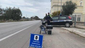 Moto - News: Codice della Strada: sì per Autovelox in città e 3 ruote in autostrada
