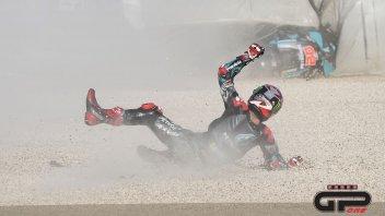MotoGP: La caduta di Fabio Quartararo nella FP1 ad Aragon