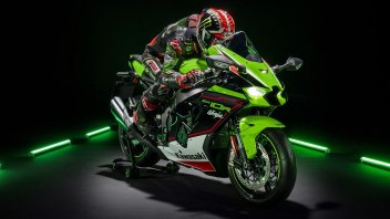 Moto - News: Svelate le Kawasaki ZX-10R e ZX-10RR my2021: due Ninja per graffiare in pista