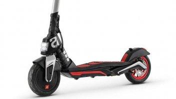 Moto - News: Aprilia: eSR1 è un monopattino, non uno scooter elettrico