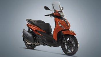 Moto - Scooter: Piaggio Beverly 300 e 400 2021: completamente rinnovato lo scooter italiano. Foto