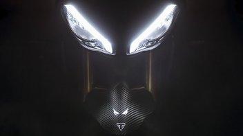 Moto - News: Triumph Speed Triple 1200 RS 2021: svelato il VIDEO TEASER