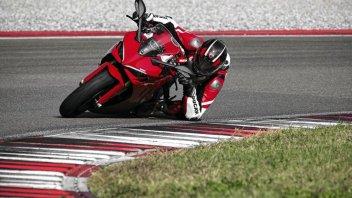 Moto - News: Ducati SuperSport 950 my 2021: tra pochi giorni nelle concessionarie