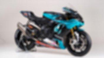 Moto - News: Quando l'unboxing è di una Yamaha R1 replica Petronas MotoGP
