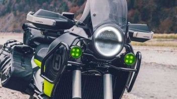 Moto - News: Husqvarna Norden 901: nuovi test e debutto per il 2022 [FOTOSPIA]
