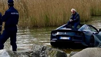 Auto - News: Ferrari 812 GTS nel lago e quel freno a mano non tirato