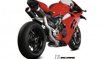 Moto - News: Meno peso e più potenza con il nuovo scarico Mivv per Ducati Panigale V4