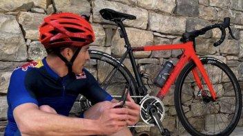 MotoGP: Marc Marquez verso il GP del Qatar: l'amore (e l'odio) in bicicletta