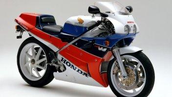 Moto - News: Honda VFR750R: arrivano i ricambi originali con il programma RC30 Forever