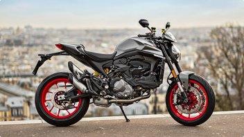 Moto - News: Ducati Monster: basta una foto per vincerne una