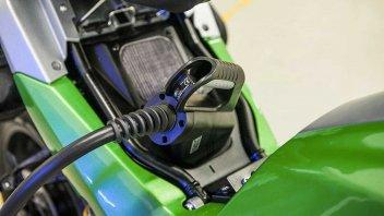 Moto - News: Ora è ufficiale: dal 2035 l'Europa dice basta alle moto a benzina