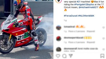 Moto - News: Michael Ruben Rinaldi fa il Giotto con la Ducati Panigale V2 Bayliss