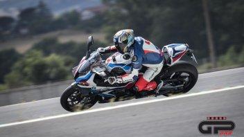 Moto - Test: Prova BMW M 1000 RR: l'urlo della farfalla