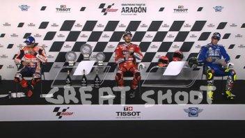 MotoGP: Marquez sfinito: non riesce ad usare la mano per aprire l'acqua
