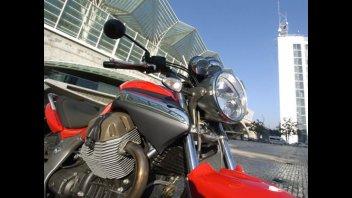 Moto - Gallery: Moto Guzzi Breva 1100
