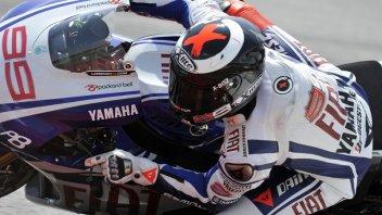 Moto - News: MotoGP libere 2: Lorenzo su Pedrosa