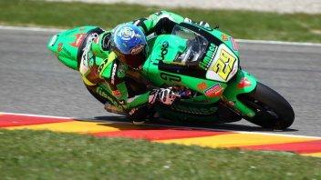 Moto - News: Moto2: Iannone domina, Corsi eroe