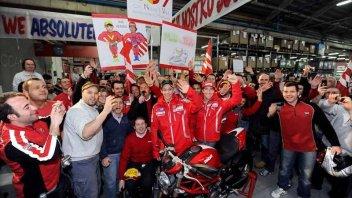 MotoGP: MotoGP Night: Valentino parte col Rosso