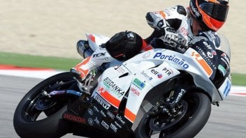 Moto - News: Lowes nella Supersport. Dionisi 6°