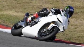 "Moto - News: Eugene Laverty ""ufficiale"" Aprilia"