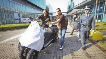 Moto - News: EICMA: GdF sequestra scooter cinese