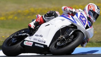 Moto - News: WSS: Cluzel e Lowes attaccano Parkes