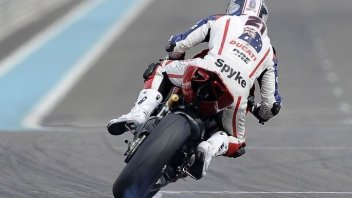 Moto - News: In pista a Yas Marina con Troy Bayliss